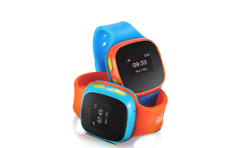 alcatel-launched-movetime-track-and-talk-smartwatch-with-gps