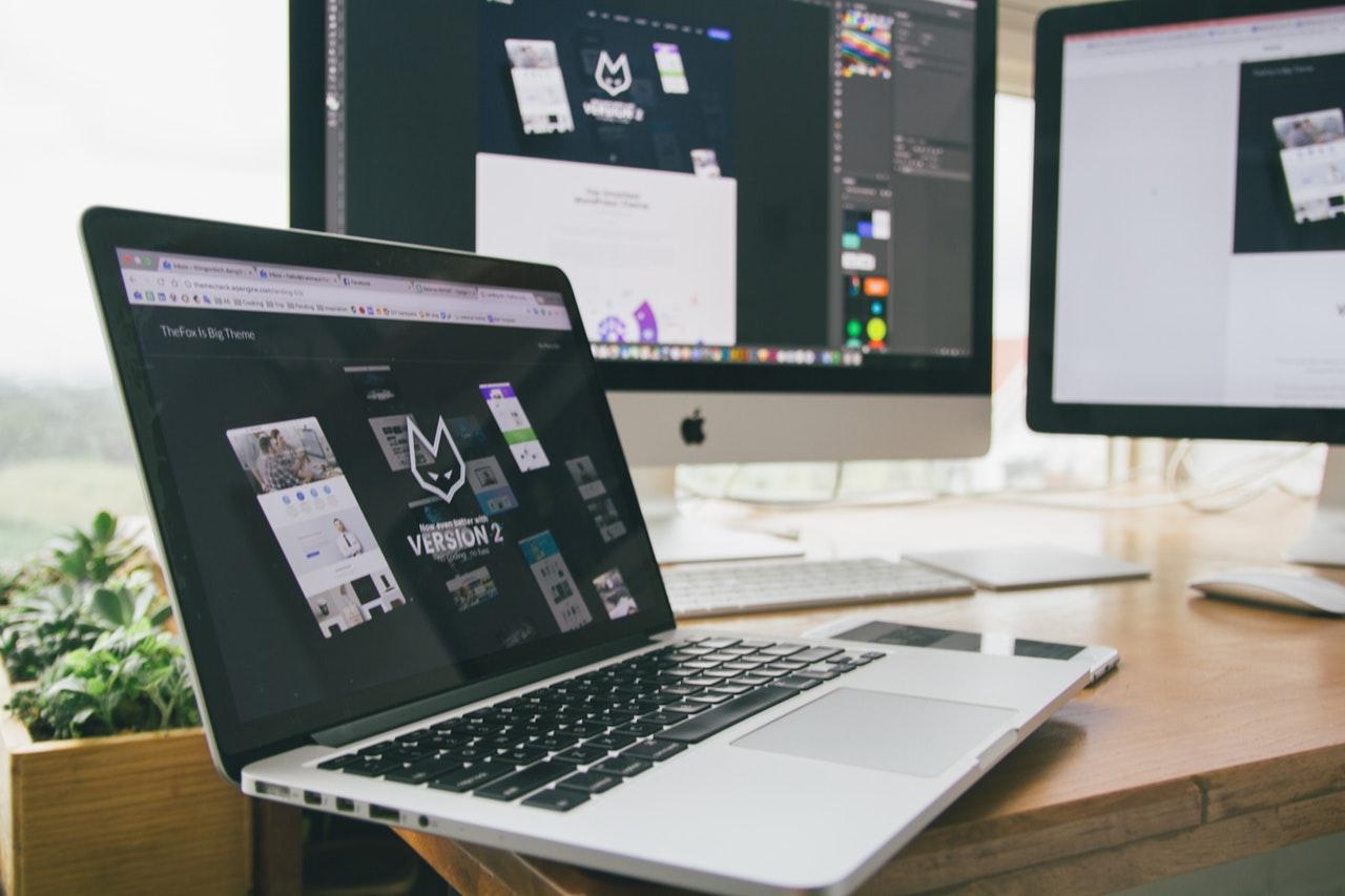 logo design tools