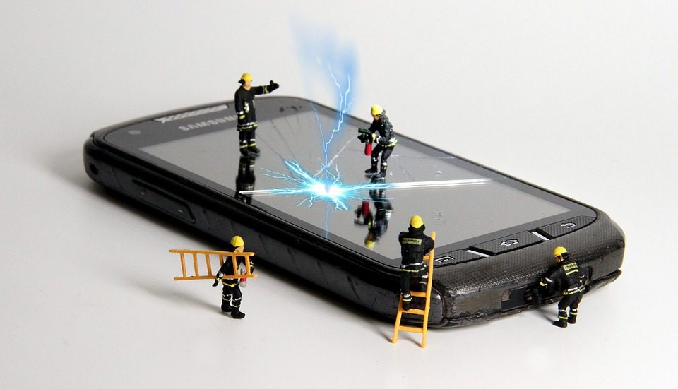 7 Must-Have Tools for Mobile Phone Repair
